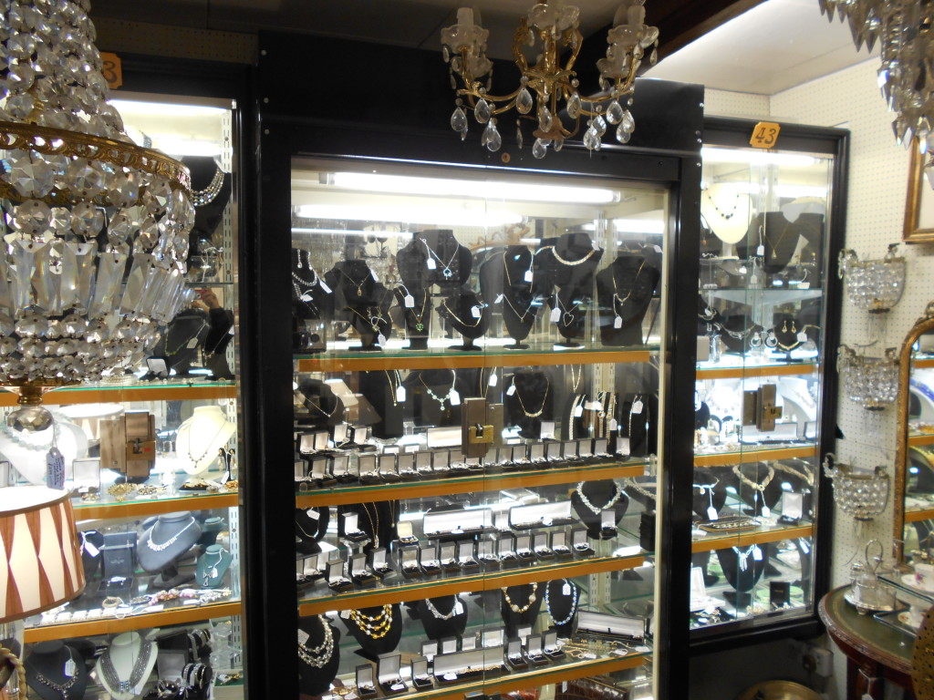 Antique Jewellery Boutique Unit 43 Hungerford Arcade